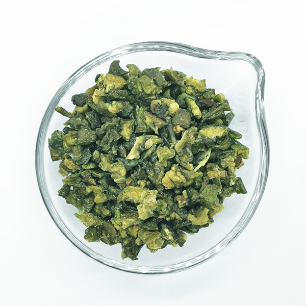 Dehydrated green bell pepper